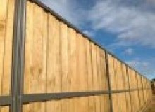 Kwikfynd Lap and Cap Timber Fencing albertparkvic